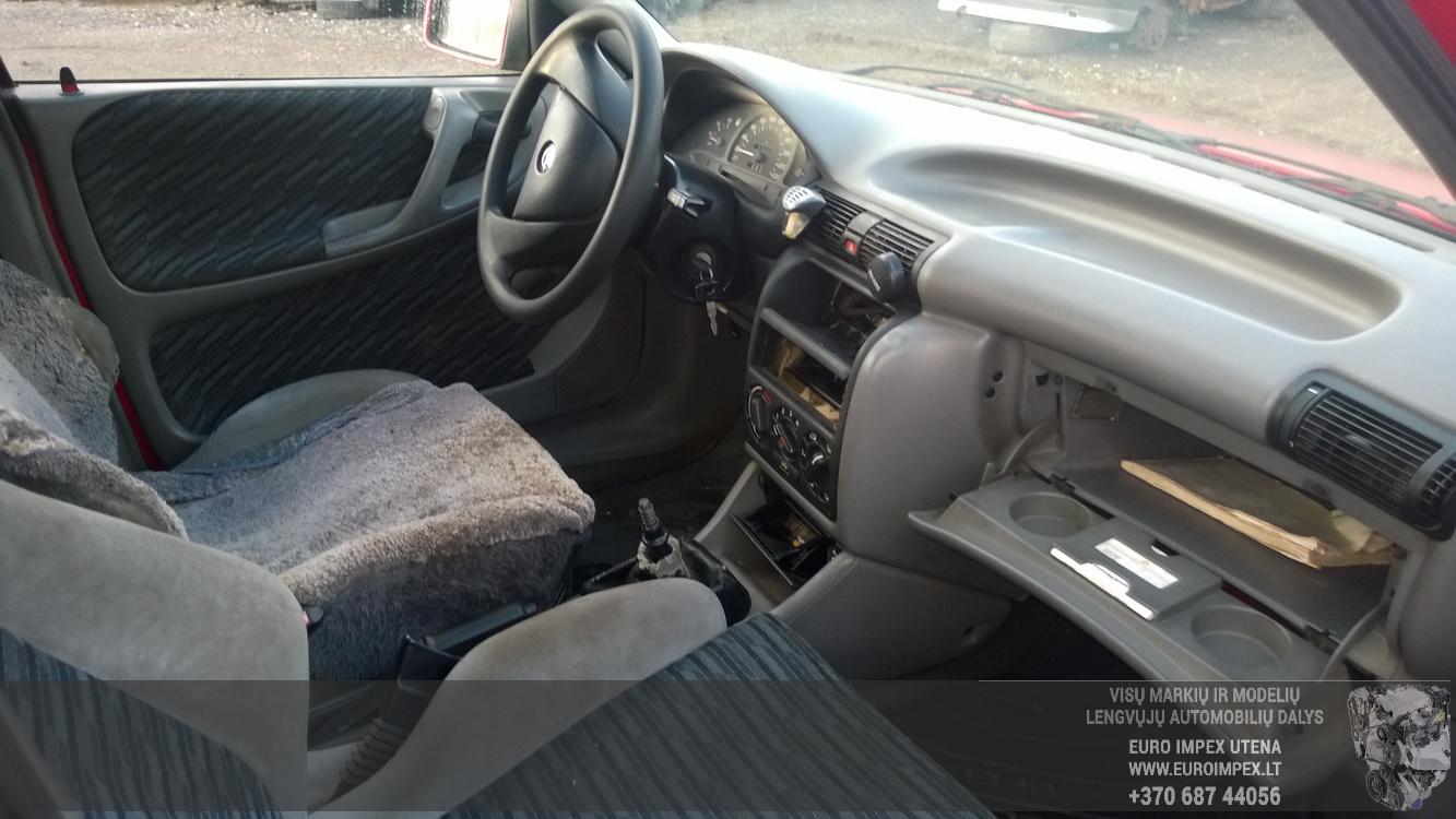 Naudotos automobiliu dallys Foto 5 Opel ASTRA 1994 1.7 Mechaninė Universalas 4/5 d. Raudona 2015-12-08 A2487