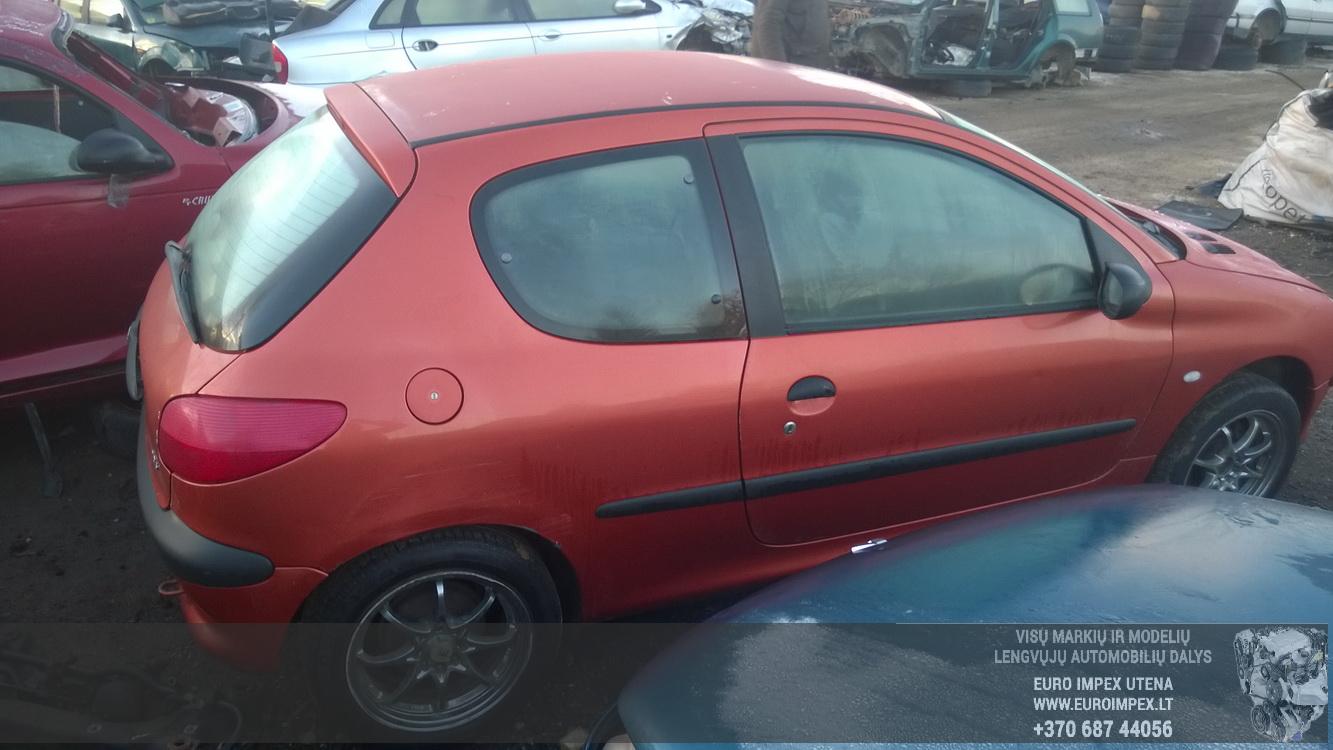 Naudotos automobilio dalys Peugeot 206 1999 1.4 Mechaninė Hečbekas 2/3 d. Ruda 2015-12-09