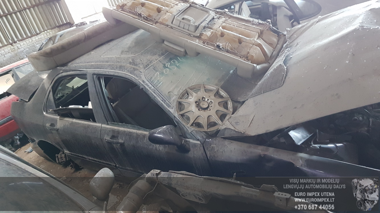 Naudotos automobiliu dallys Foto 4 Honda LEGEND 1997 3.5 Automatinė Sedanas 4/5 d. Violetine 2016-5-23 A2796