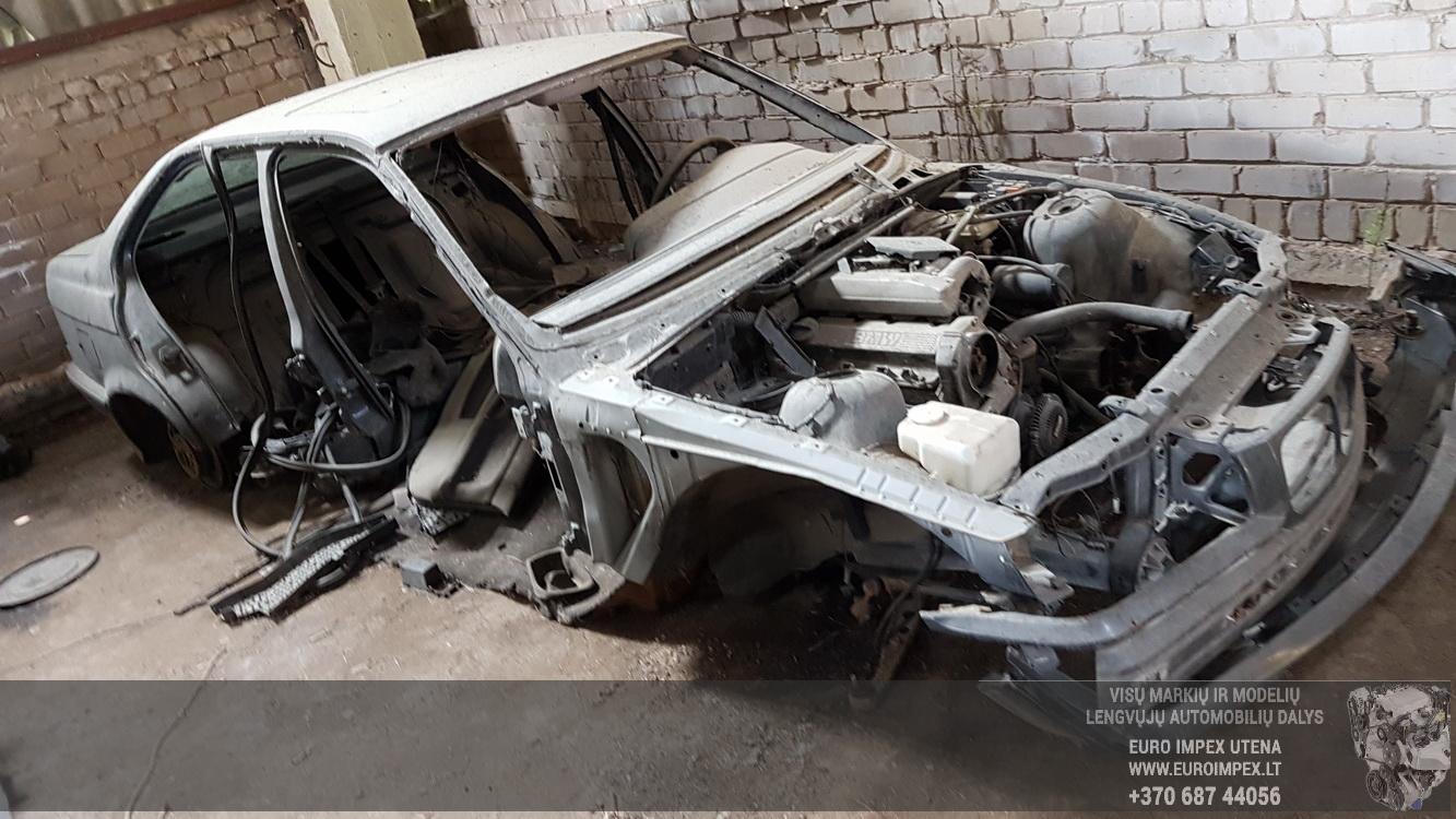 BMW 3-SERIES 1994 1.8 Mechanical
