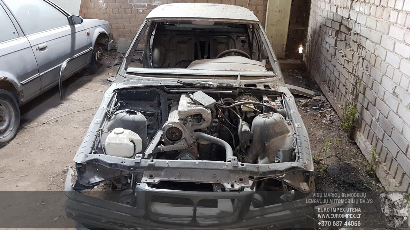 Naudotos automobiliu dallys Foto 2 BMW 3-SERIES 1994 1.8 Mechaninė Sedanas 4/5 d. Juoda 2016-5-25 A2807