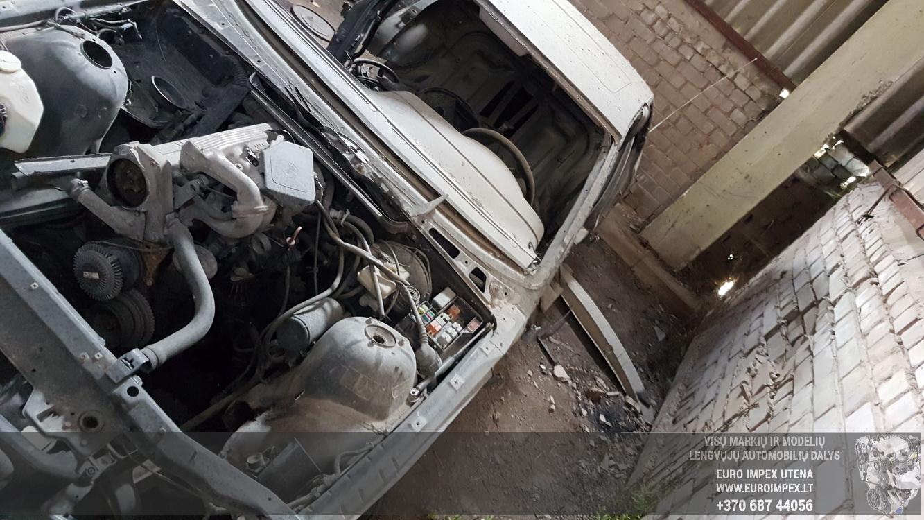 Naudotos automobiliu dallys Foto 4 BMW 3-SERIES 1994 1.8 Mechaninė Sedanas 4/5 d. Juoda 2016-5-25 A2807