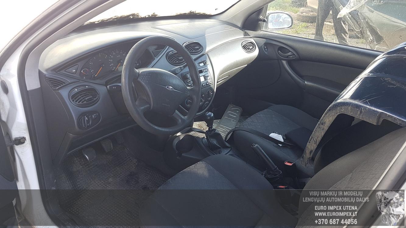 Naudotos automobiliu dallys Foto 5 Ford FOCUS 2001 1.8 Mechaninė Hečbekas 2/3 d. Balta 2016-6-02 A2817