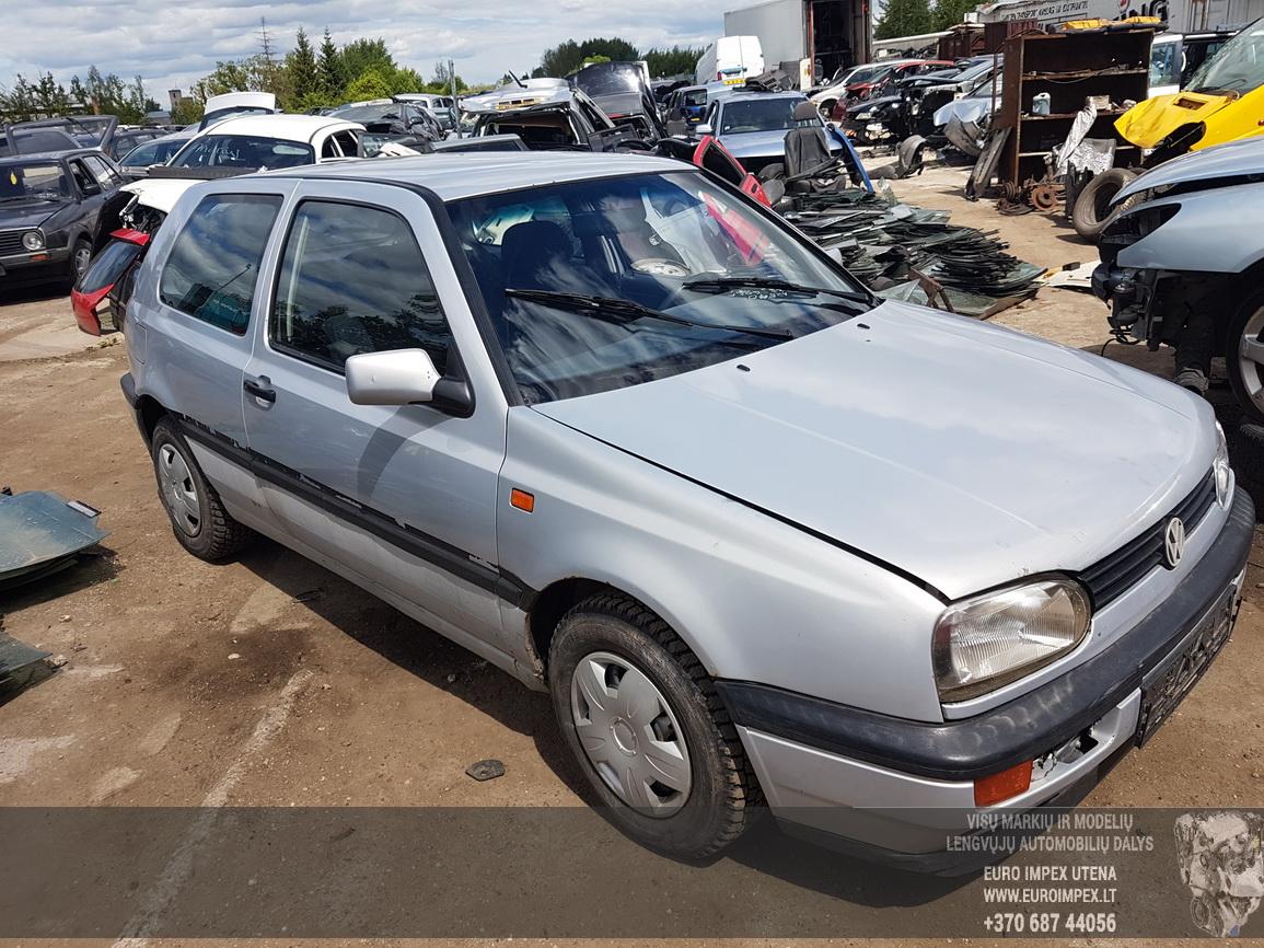 Naudotos automobiliu dallys Foto 3 Volkswagen GOLF 1992 1.8 Mechaninė Hečbekas 2/3 d. Pilka 2016-6-09 A2840