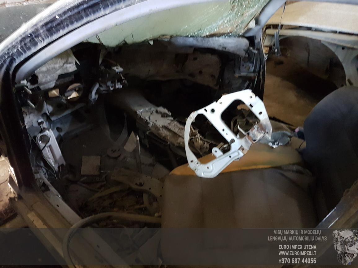 Naudotos automobiliu dallys Foto 2 Audi A6 2001 2.5 Mechaninė Sedanas 4/5 d. Melyna 2016-6-13 A2851