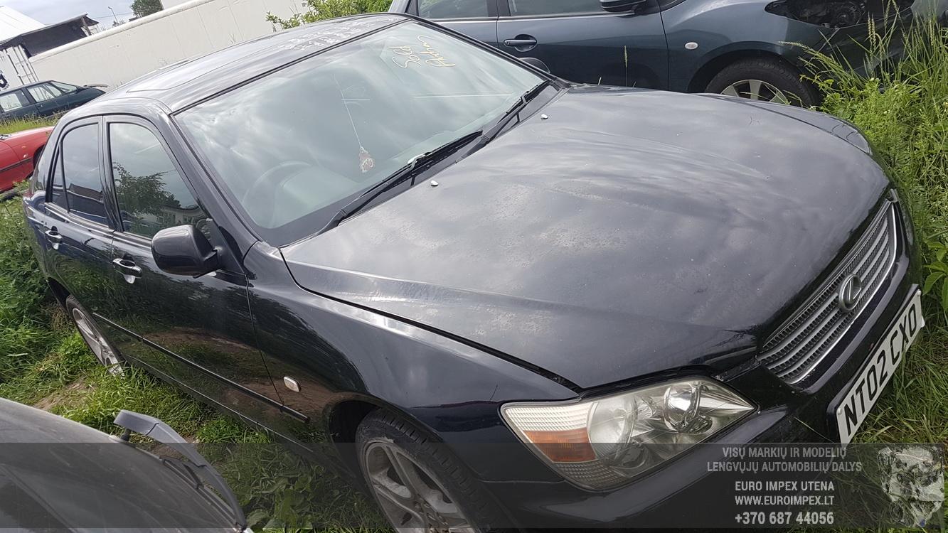 Naudotos automobiliu dallys Foto 3 Lexus IS - CLASS 2002 2.0 Mechaninė Sedanas 4/5 d. Juoda 2016-6-22 A2866