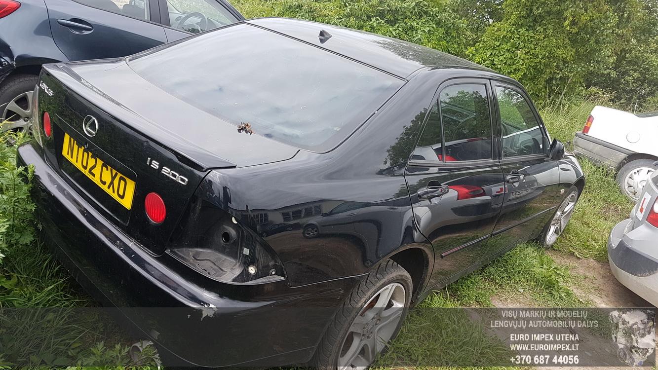 Naudotos automobilio dalys Lexus IS - CLASS 2002 2.0 Mechaninė Sedanas 4/5 d. Juoda 2016-6-22