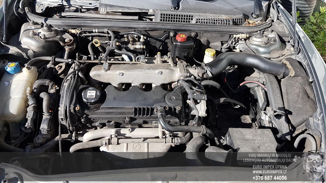 Naudotos automobiliu dallys Foto 8 Alfa-Romeo 147 2001 1.9 Mechaninė Hečbekas 4/5 d. Pilka 2016-6-23 A2873