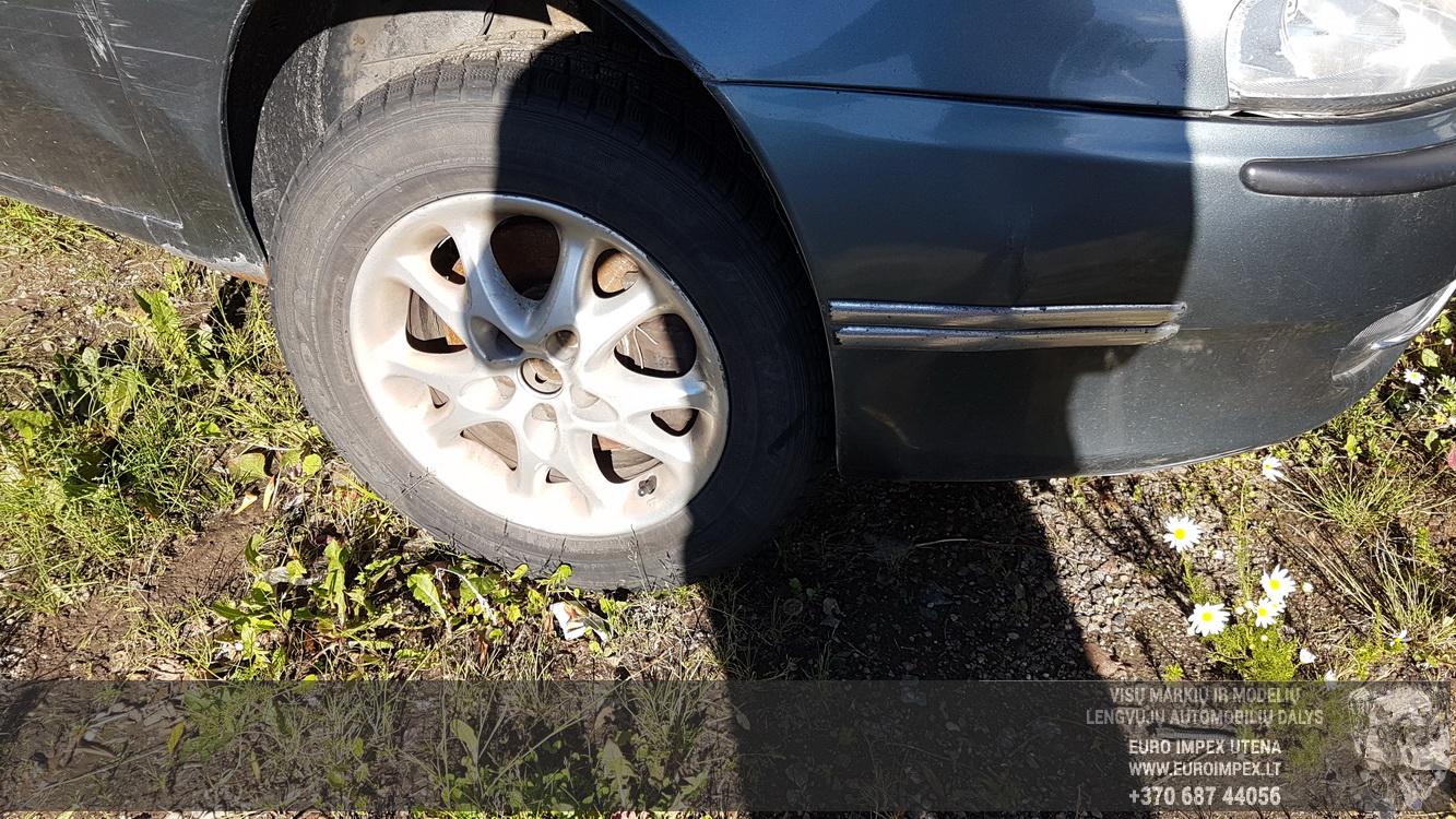 Naudotos automobiliu dallys Foto 2 Alfa-Romeo 147 2001 1.9 Mechaninė Hečbekas 4/5 d. Pilka 2016-6-23 A2873