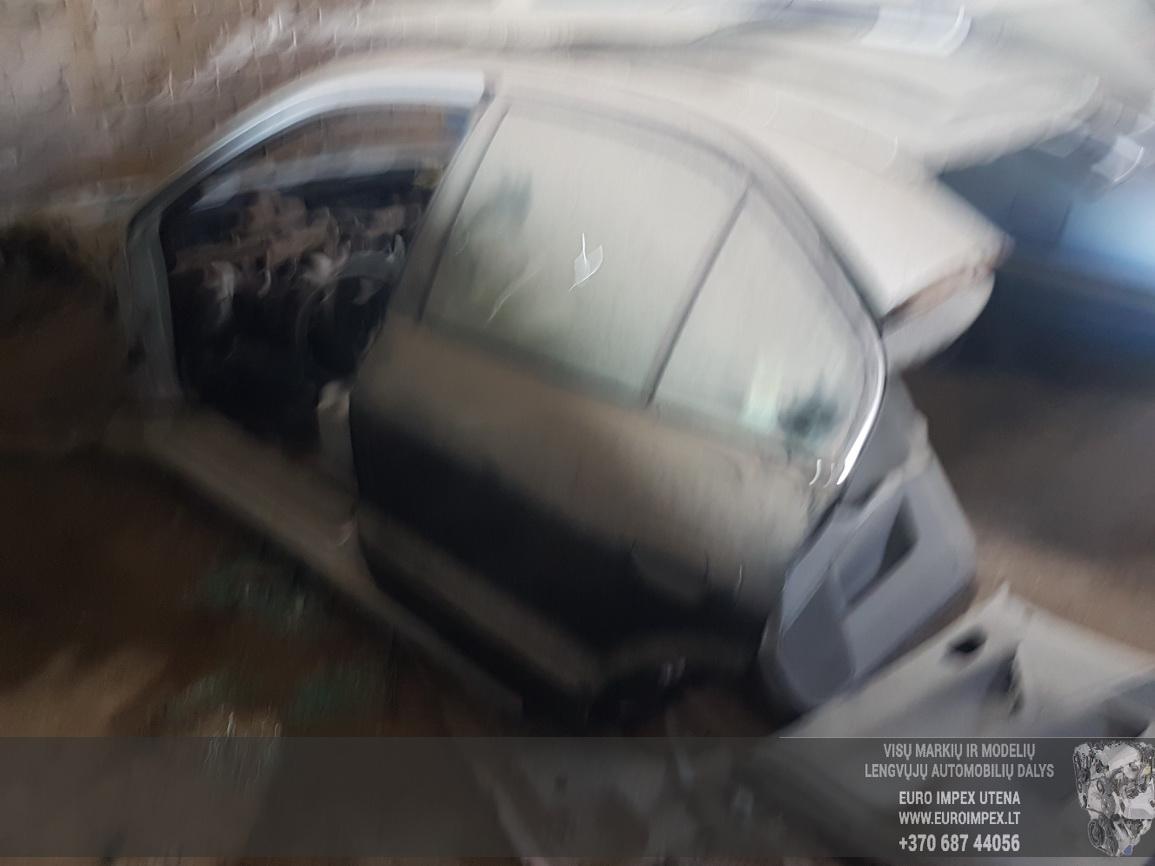 Naudotos automobilio dalys Mitsubishi GALANT 2002 2.0 Automatinė Sedanas 4/5 d. Pilka 2016-6-23