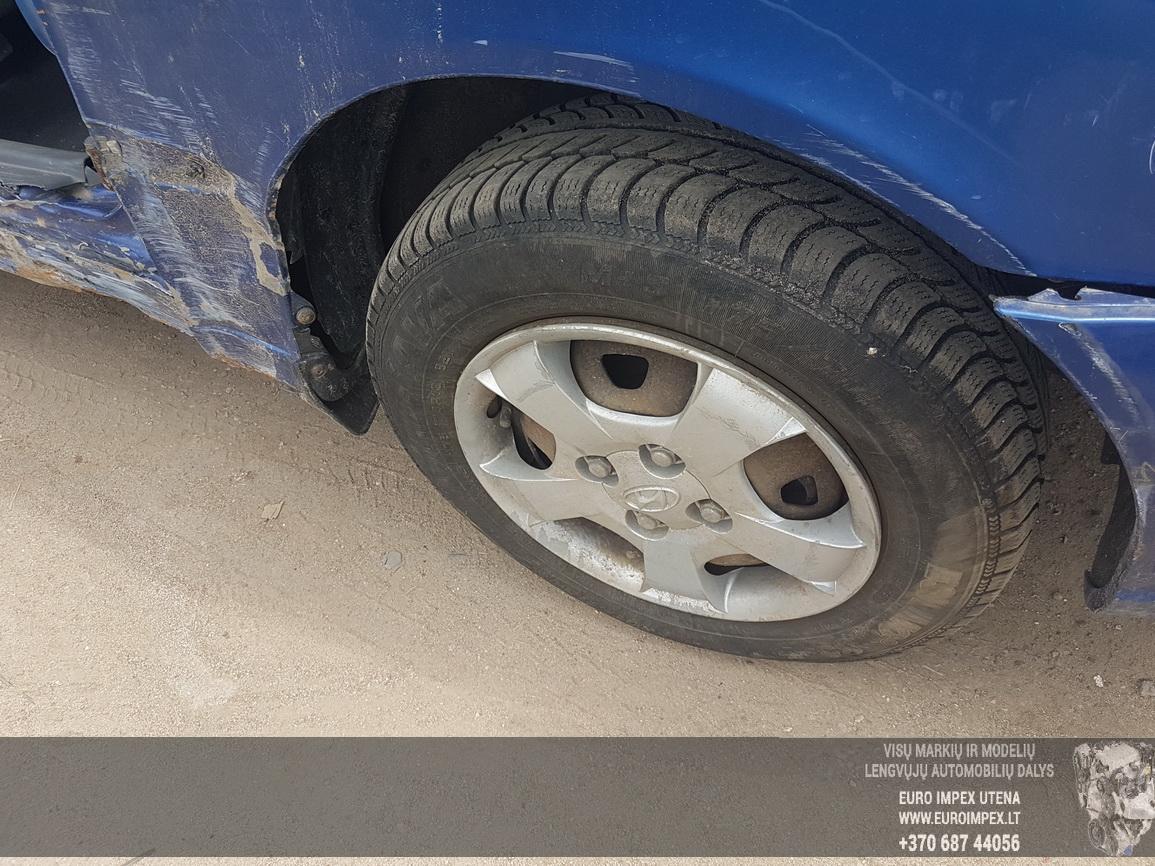 Naudotos automobiliu dallys Foto 4 Hyundai ACCENT 2002 1.5 Automatinė Hečbekas 4/5 d. Melyna 2016-6-30 A2882