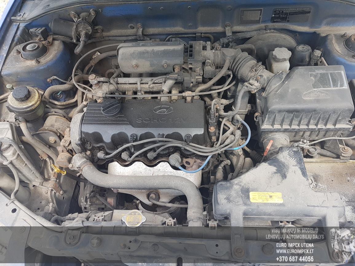 Naudotos automobiliu dallys Foto 8 Hyundai ACCENT 2002 1.5 Automatinė Hečbekas 4/5 d. Melyna 2016-6-30 A2882