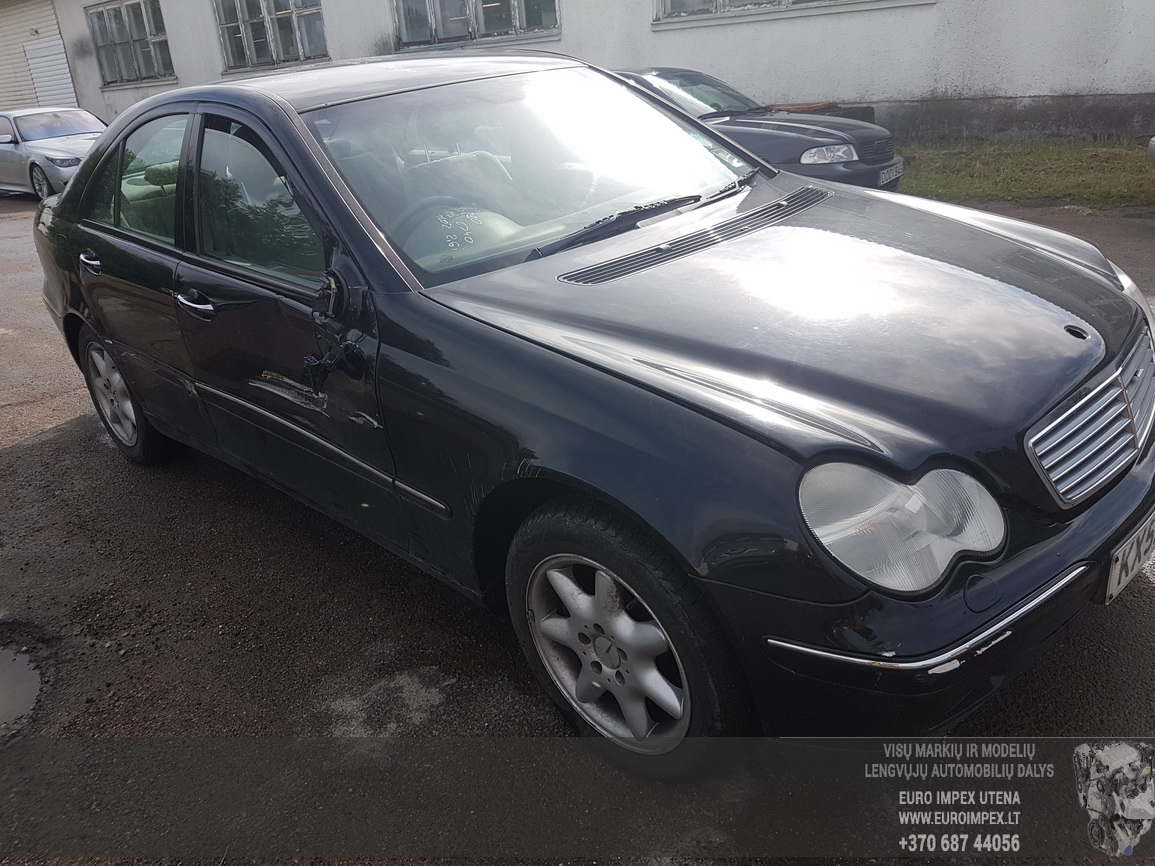 Naudotos automobilio dalys Mercedes-Benz C-CLASS 2002 2.6 Automatinė Sedanas 4/5 d. Juoda 2016-7-08