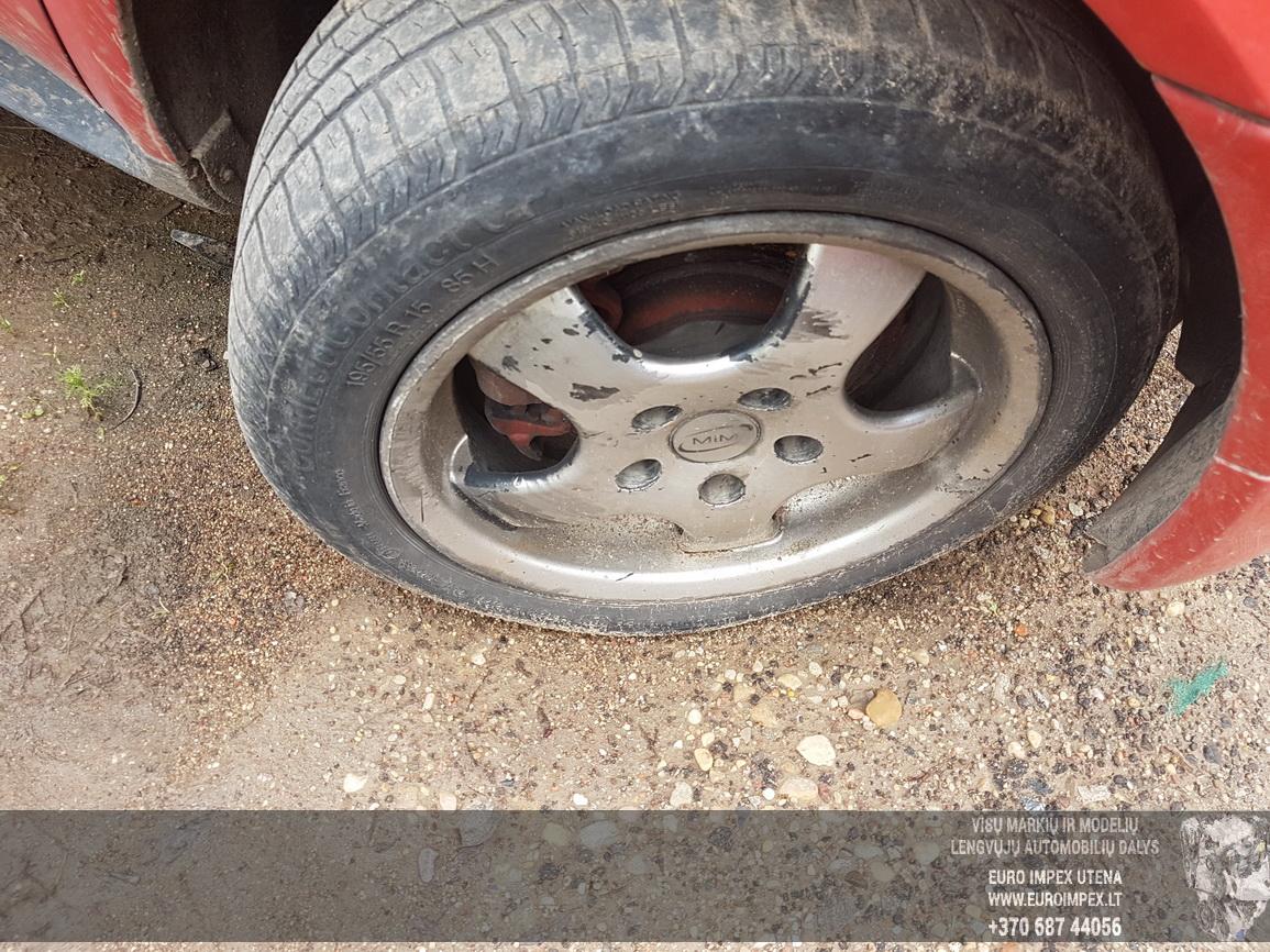 Naudotos automobiliu dallys Foto 4 Mercedes-Benz A-CLASS 2001 1.4 Mechaninė Hečbekas 4/5 d. Raudona 2016-7-29 A2929