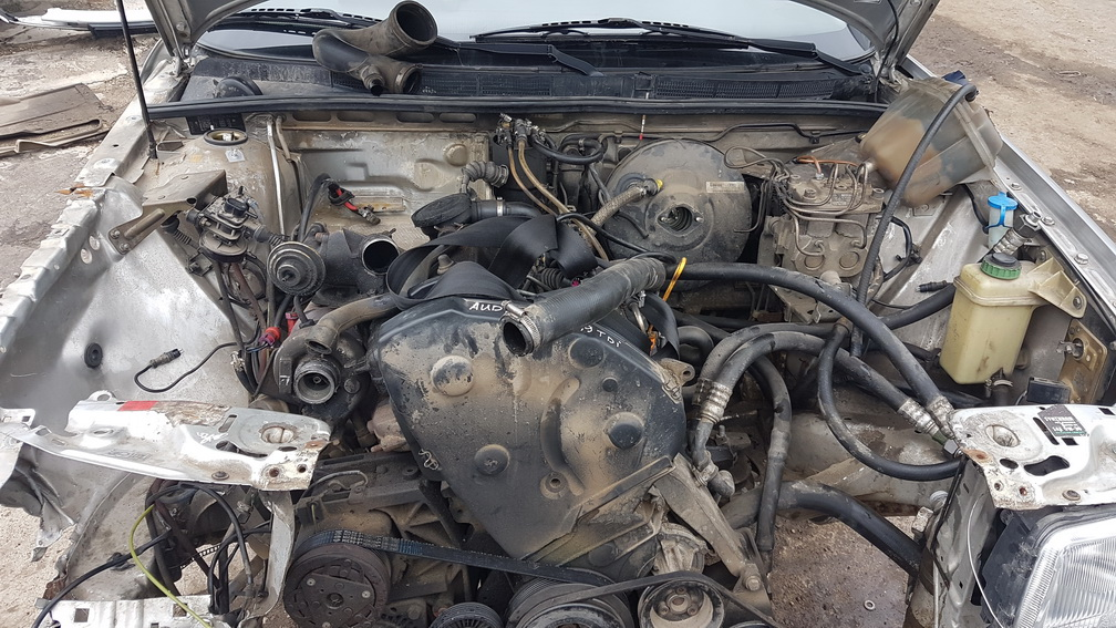 Naudotos automobiliu dallys Foto 8 Audi 80 1994 1.9 Mechaninė Sedanas 4/5 d. Pilka 2016-10-11 A3011