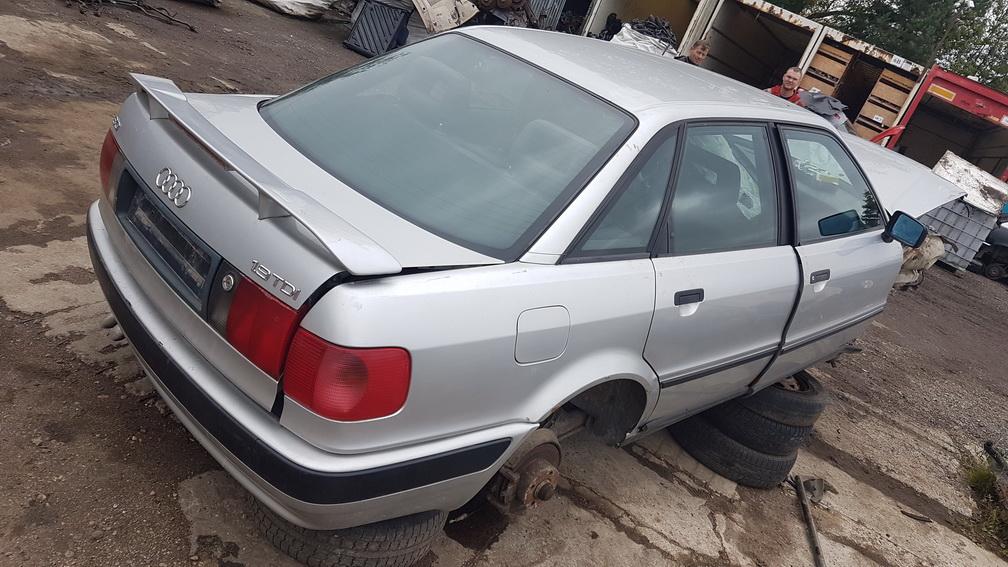 Naudotos automobilio dalys Audi 80 1994 1.9 Mechaninė Sedanas 4/5 d. Pilka 2016-10-11