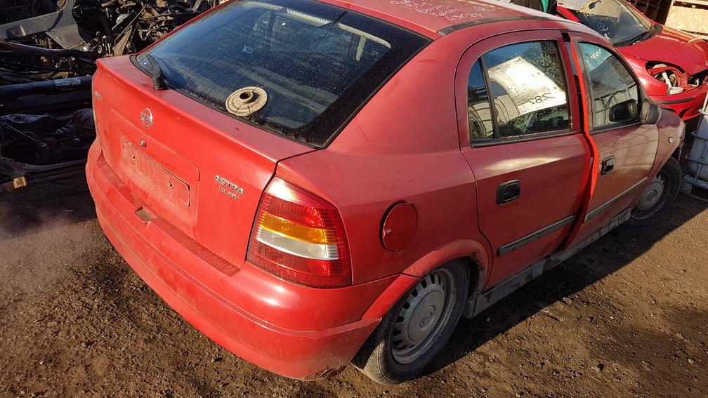Naudotos automobilio dalys Opel ASTRA 1999 1.4 Mechaninė Hečbekas 4/5 d. Raudona 2016-10-18