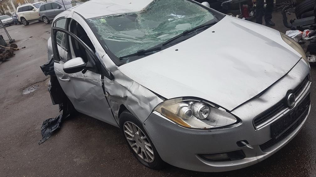 Naudotos automobilio dalys Fiat BRAVO 2009 1.9 Mechaninė Hečbekas 4/5 d. Pilka 2016-10-31