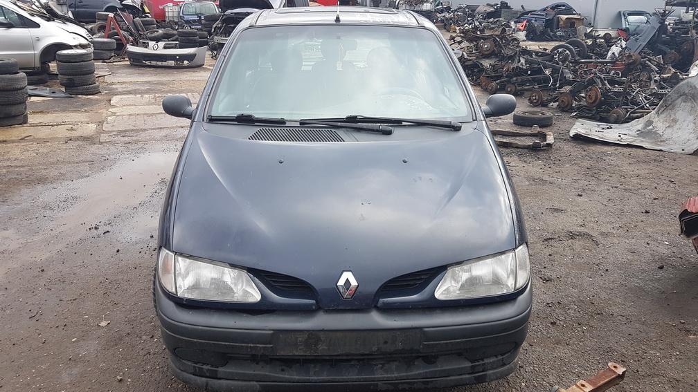 Naudotos automobiliu dallys Foto 2 Renault SCENIC 1997 1.6 Mechaninė Vienatūris 4/5 d. Melyna 2016-10-26 A3030