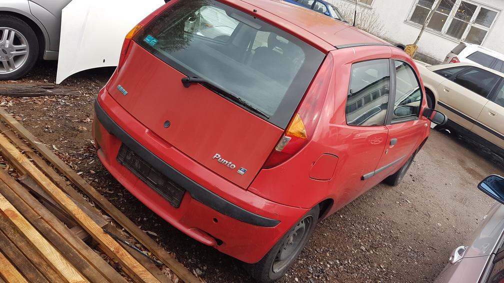 Naudotos automobilio dalys Fiat PUNTO 2002 1.2 Mechaninė Hečbekas 2/3 d. Raudona 2016-10-26