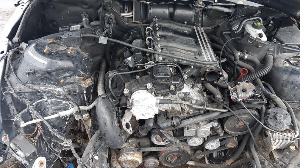 Naudotos automobiliu dallys Foto 8 BMW 3-SERIES 2000 2.0 Mechaninė Universalas 4/5 d. Juoda 2016-10-31 A3041