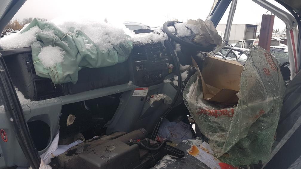 Naudotos automobiliu dallys Foto 4 Ford TRANSIT 2006 2.2 Mechaninė Krovininis mikroautobusas 2/3 d. Balta 2016-11-02 A3045