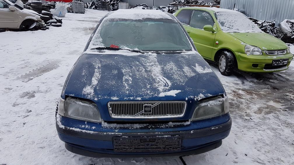 Naudotos automobilio dalys Volvo S40 1997 1.6 Mechaninė Sedanas 4/5 d. Melyna 2016-12-06