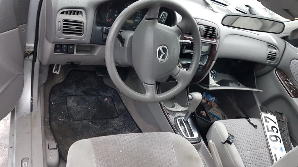 Naudotos automobilio dalys Mazda 626 2001 2.0 Automatinė Hečbekas 4/5 d. Pilka 2016-12-08