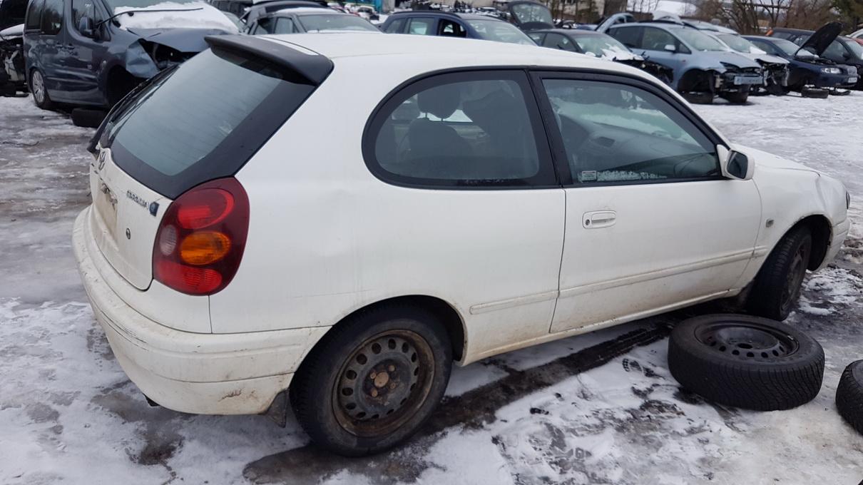 Naudotos automobilio dalys Toyota COROLLA 2001 1.4 Mechaninė Hečbekas 2/3 d. Balta 2017-1-24