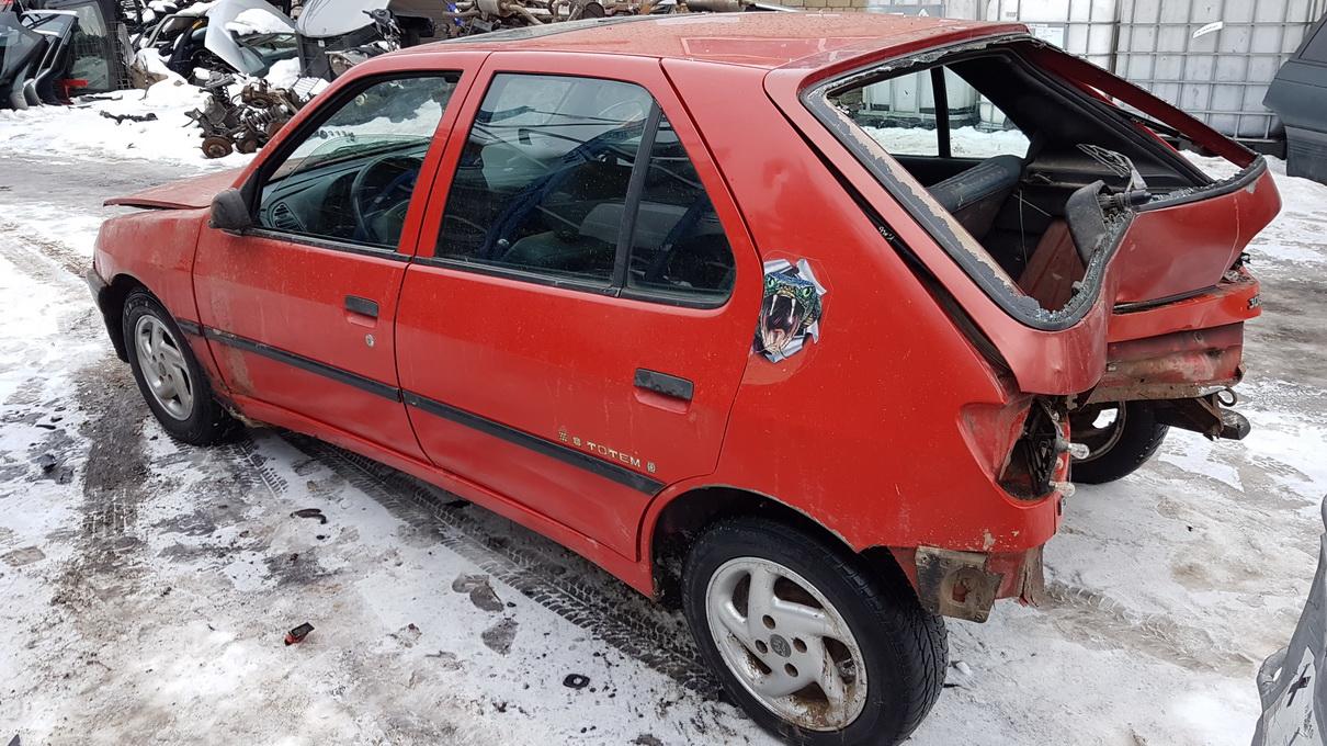 Naudotos automobilio dalys Peugeot 306 1995 1.9 Mechaninė Hečbekas 4/5 d. Raudona 2017-1-24