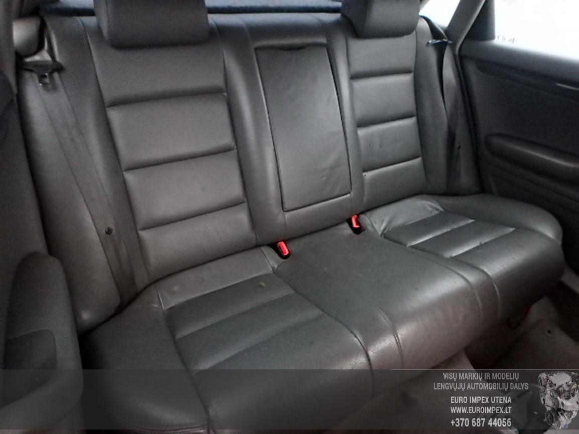 Naudotos automobilio dalys Audi A4 2001 1.8 Mechaninė Sedanas 4/5 d. Melyna 2016-2-15