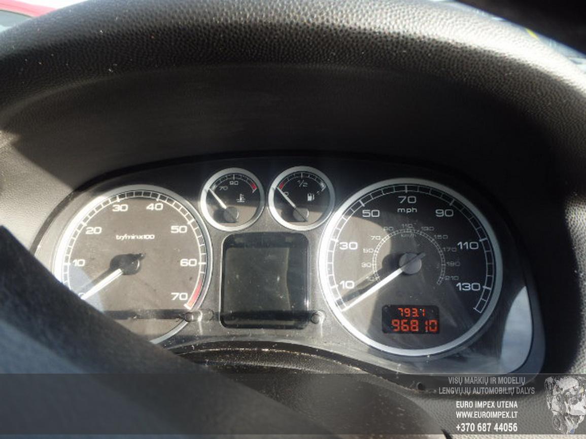 Naudotos automobiliu dallys Foto 8 Peugeot 307 2002 1.4 Mechaninė Hečbekas 4/5 d. Pilka 2016-3-01 A2630