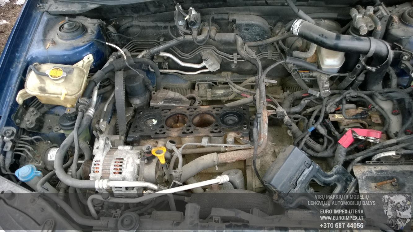 Naudotos automobiliu dallys Foto 8 Kia CERATO 2005 2.0 Mechaninė Sedanas 4/5 d. Melyna 2016-2-25 A2624