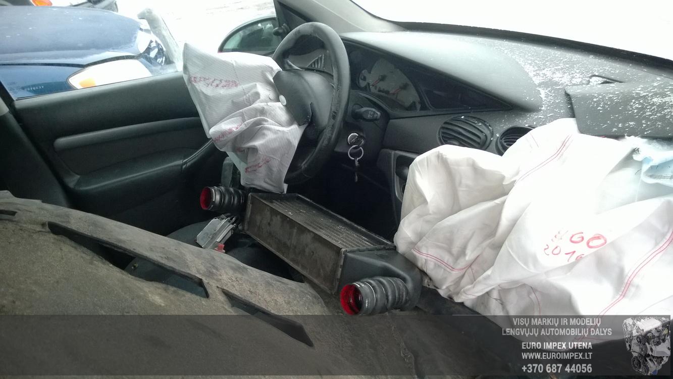 Naudotos automobiliu dallys Foto 5 Ford FOCUS 2001 1.8 Mechaninė Hečbekas 4/5 d. Melyna 2016-3-01 A2632