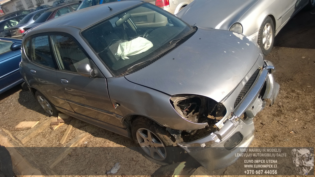 Naudotos automobiliu dallys Foto 3 Daihatsu SIRION 2002 1.3 Mechaninė Hečbekas 4/5 d. Pilka 2016-3-25 A2667