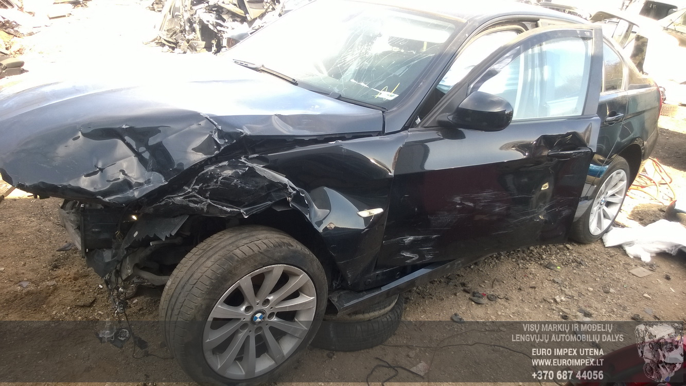 Naudotos automobiliu dallys Foto 3 BMW 3-SERIES 2009 2.0 Mechaninė Sedanas 4/5 d. Juoda 2016-4-11 A2703