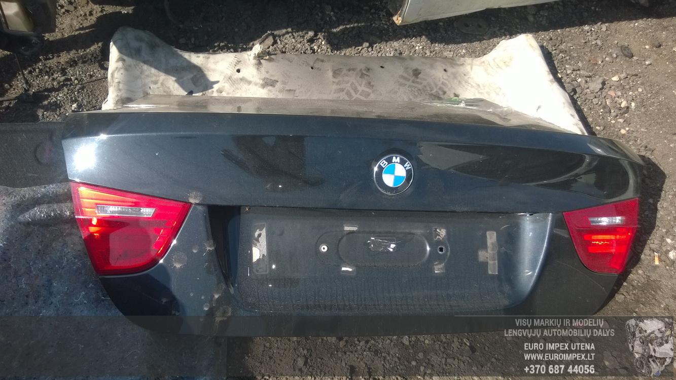 Naudotos automobiliu dallys Foto 7 BMW 3-SERIES 2009 2.0 Mechaninė Sedanas 4/5 d. Juoda 2016-4-11 A2703