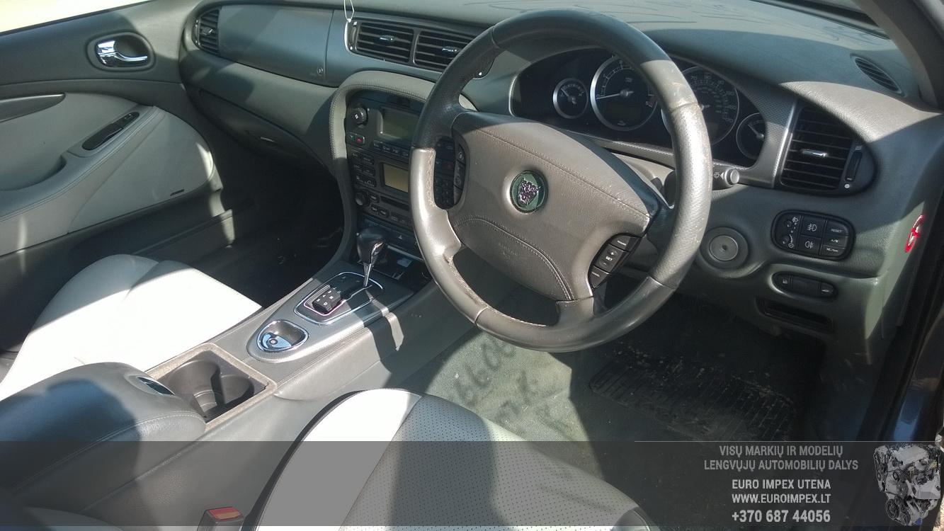 Naudotos automobiliu dallys Foto 5 Jaguar S-TYPE 2005 2.7 Automatinė Sedanas 4/5 d. Pilka 2016-4-12 A2706