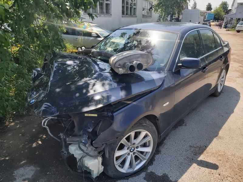 Naudotos automobilio dalys BMW 5-SERIES 2006 3.5 Automatinė Sedanas 4/5 d. Melyna 2020-6-01
