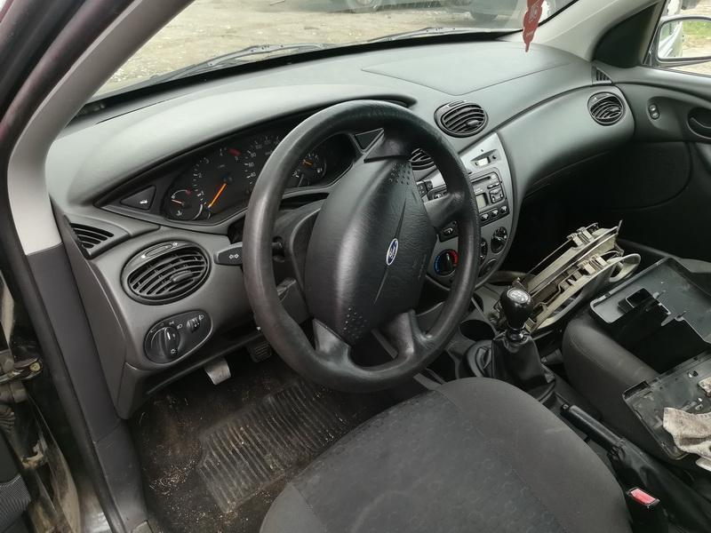 Naudotos automobiliu dallys Foto 7 Ford FOCUS 2002 1.8 Mechaninė Universalas 4/5 d. Juoda 2019-7-09 A4612