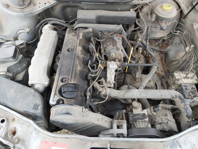 Naudotos automobiliu dallys Foto 2 Audi 100 1993 2.5 Mechaninė Universalas 4/5 d. Pilka 2019-12-23 A4982