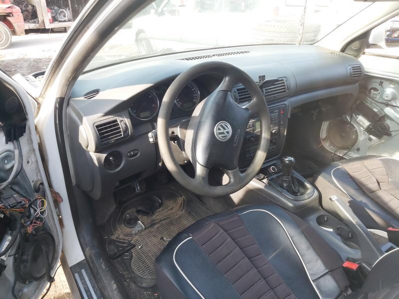 Naudotos automobiliu dallys Foto 5 Volkswagen PASSAT 2004 1.9 Mechaninė Universalas 4/5 d. Balta 2020-9-16 A5668