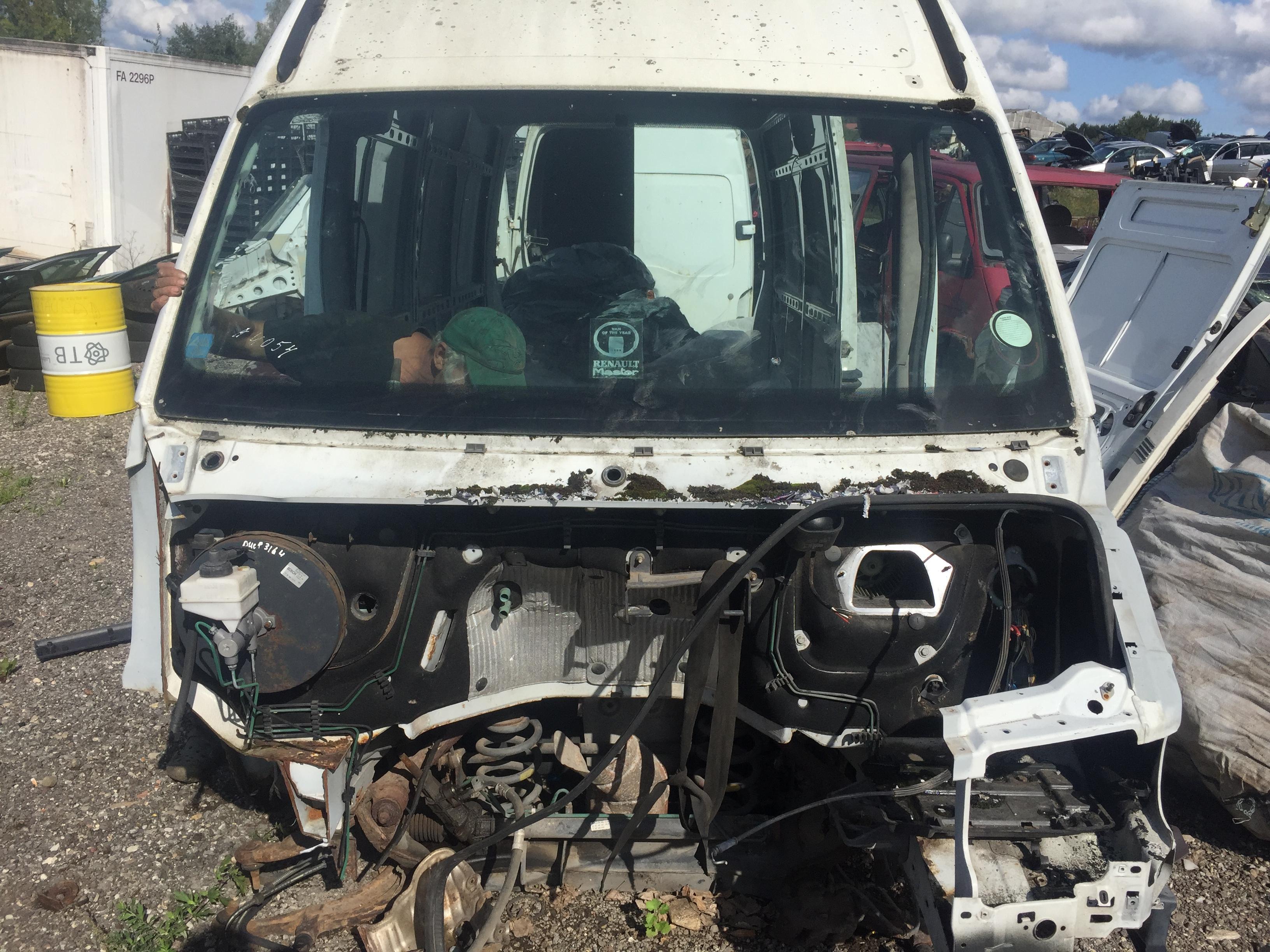 Naudotos automobilio dalys Renault MASTER 2001 2.8 Mechaninė Krovininis mikroautobusas 4/5 d. Balta 2018-8-27