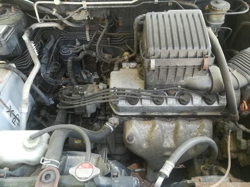 Naudotos automobiliu dallys Foto 2 Honda HR-V 1999 1.6 Mechaninė Visureigis 2/3 d. Juoda 2019-7-24 A4646
