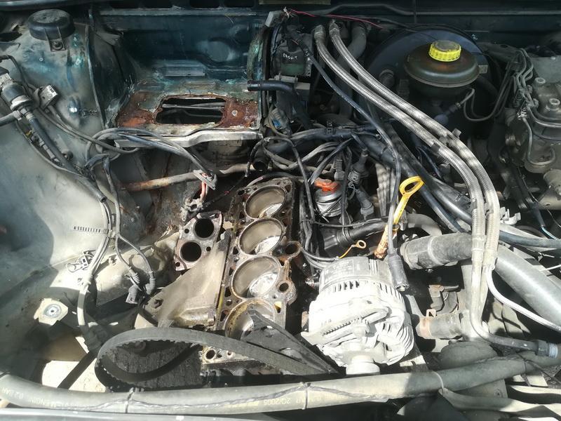 Naudotos automobiliu dallys Foto 2 Audi 80 1993 2.0 Mechaninė Sedanas 4/5 d. Zalia 2019-6-10 A4553