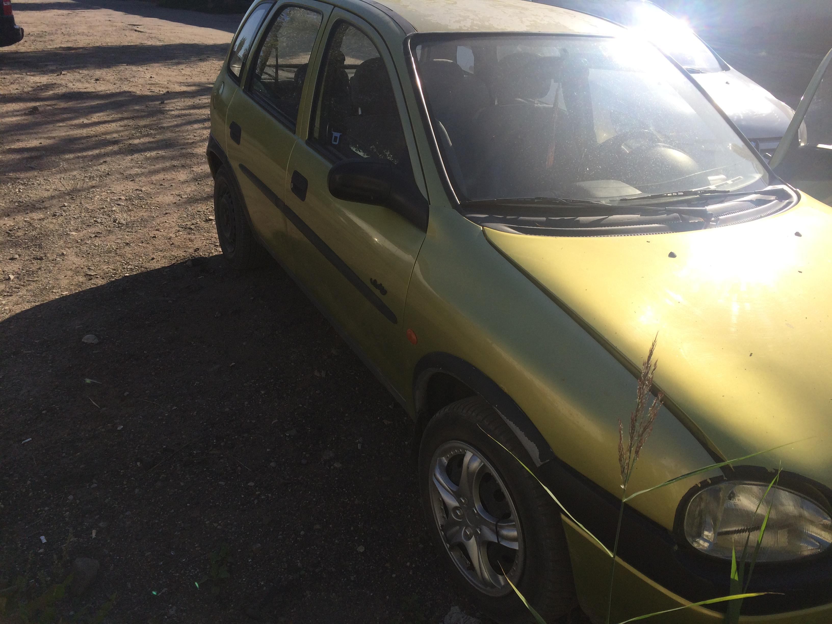 Naudotos automobiliu dallys Foto 4 Opel CORSA 1997 1.7 Mechaninė Hečbekas 4/5 d. Geltona 2018-8-10 A4028