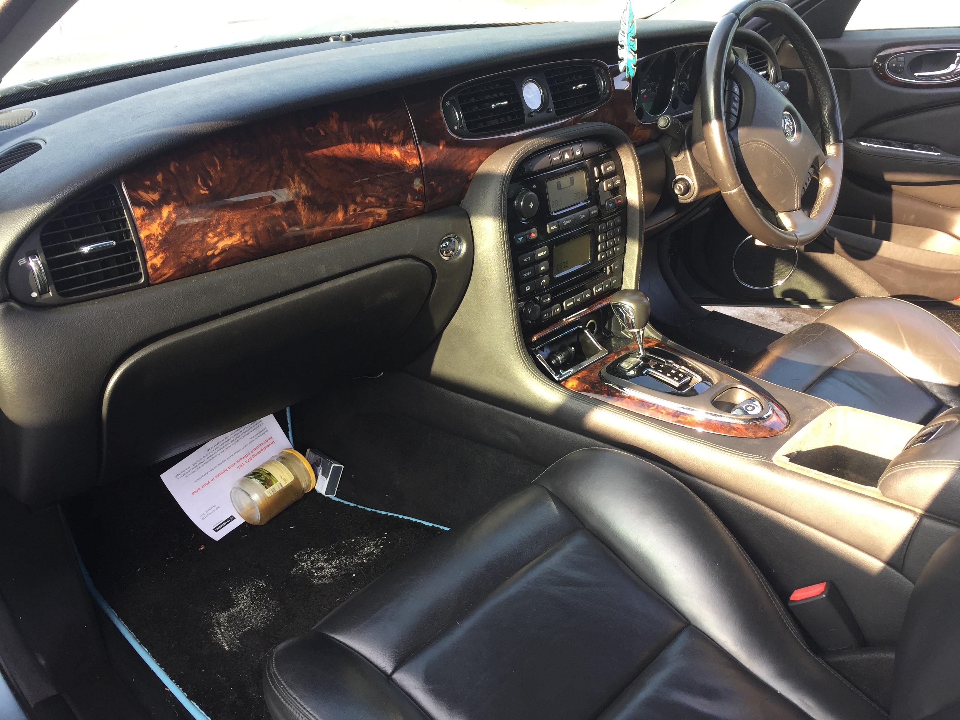 Подержанные Автозапчасти Jaguar XJ 2005 3.5 автоматическая седан 4/5 d. лазурный 2019-2-19