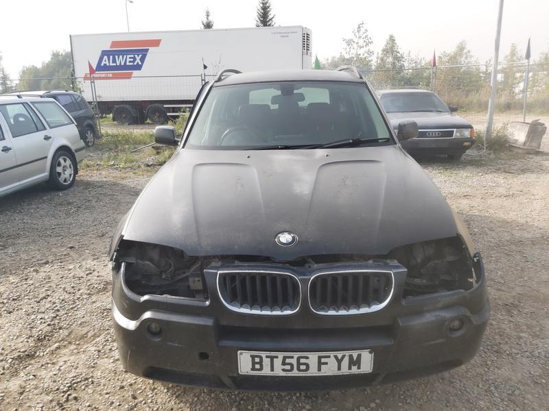 Naudotos automobiliu dallys Foto 3 BMW X3 2006 2.0 Mechaninė Visureigis 4/5 d. Juoda 2020-10-01 A5705