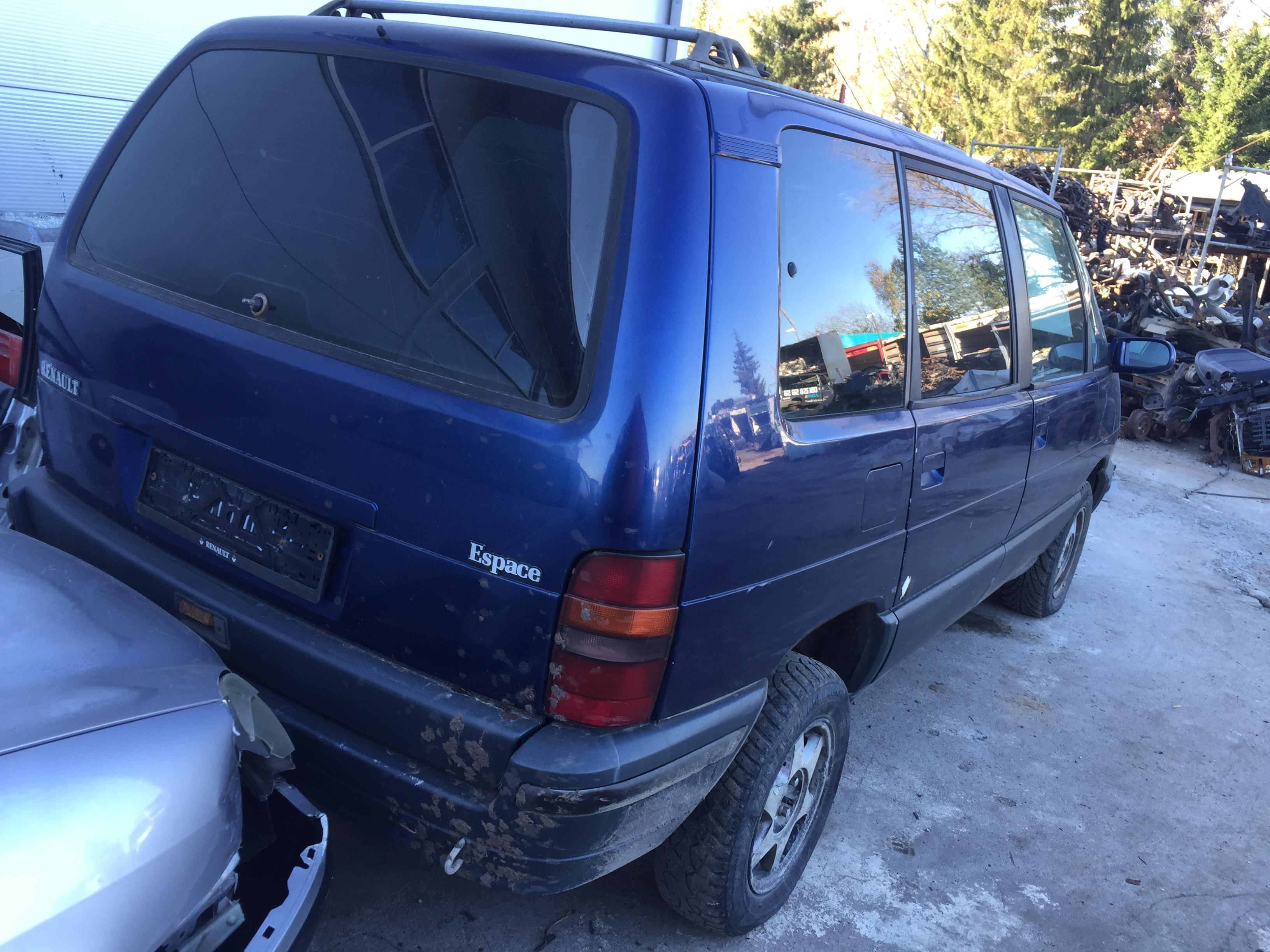 Подержанные Автозапчасти Renault ESPACE 1992 2.2 машиностроение минивэн 4/5 d. синий 2017-10-24