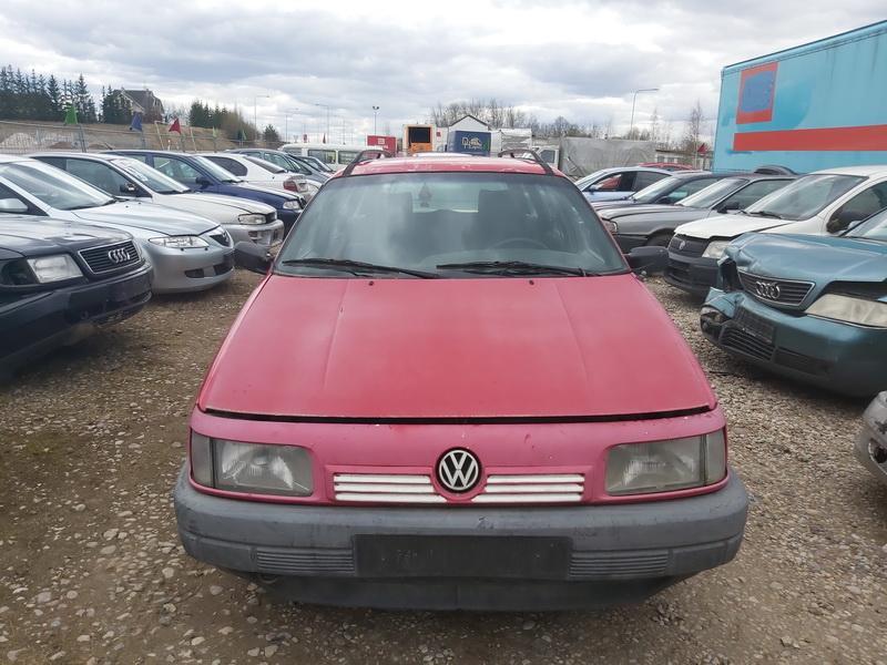 Naudotos automobiliu dallys Foto 3 Volkswagen PASSAT 1992 1.9 Mechaninė Universalas 4/5 d. Raudona 2020-4-10 A5207